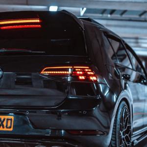 Facelift Look Achterlichten (Dynamisch) Black Optic Smoke voor Volkswagen Golf 7 & 7.5 (R, GTi etc)